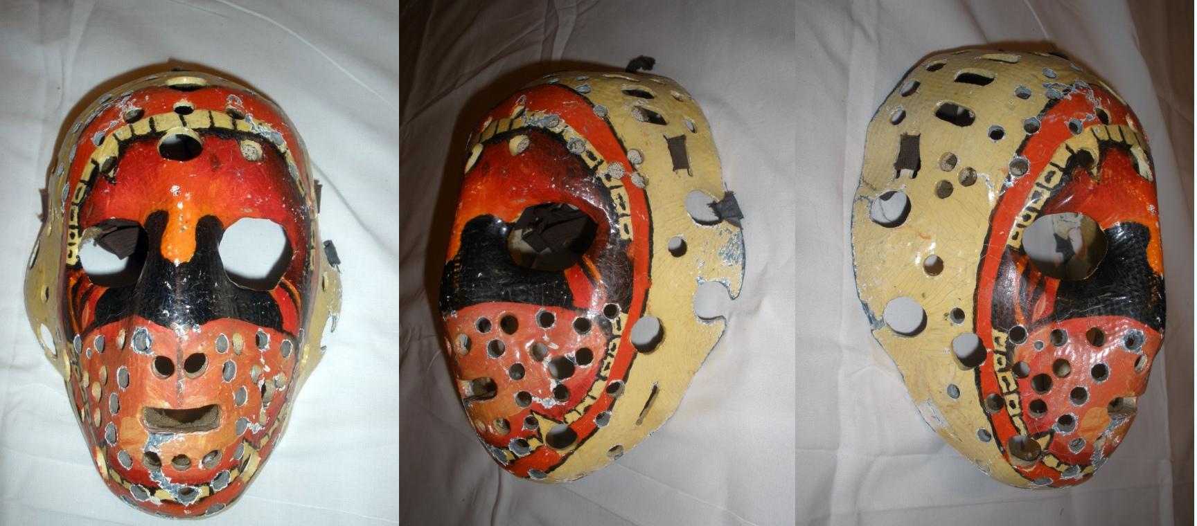Tento typ obličejové masky používali například  Ken Dryden nebo pardubický Jiří Crha