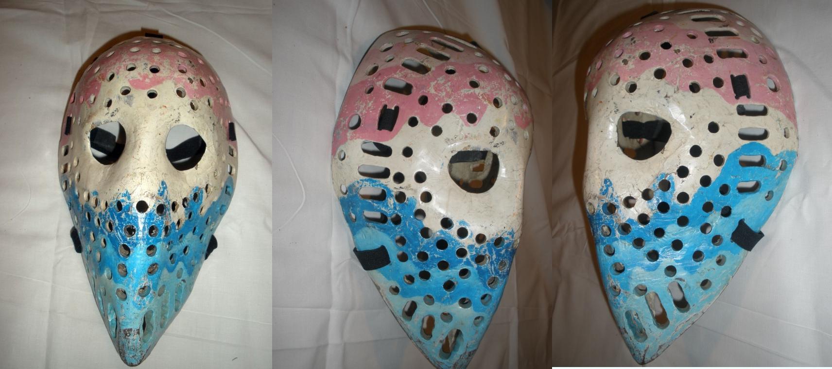 Brankáři  se postupně snažili chránit  si nejen obličejovou část a temeno, ale i zbytek hlavy.